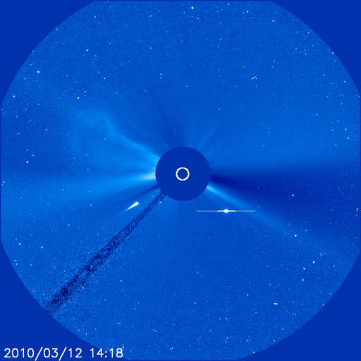 Apparent comet heading for sun